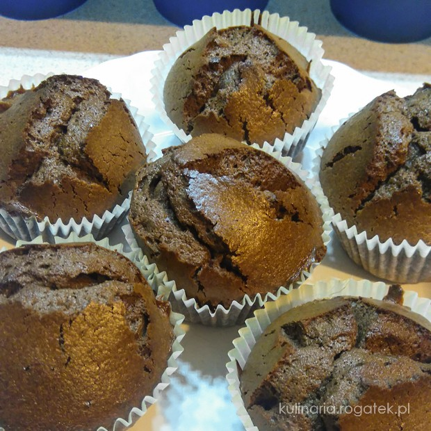 Szybkie bezglutenowe babeczki czekoladowe